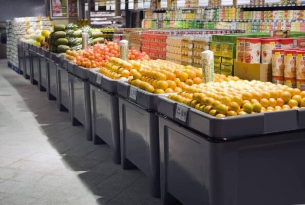 citrus and lemon tables in NATIONS FRESH FOODS – HAMILTON Ontario orchard bins